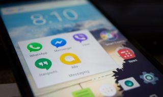 Jak wysłać plik przez Messengera na telefonie z Androidem?